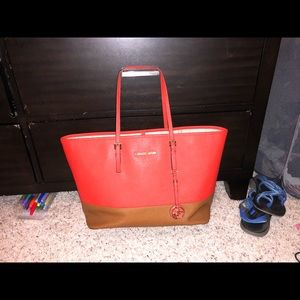Michael Kors Large Jet Set Tote Bag
